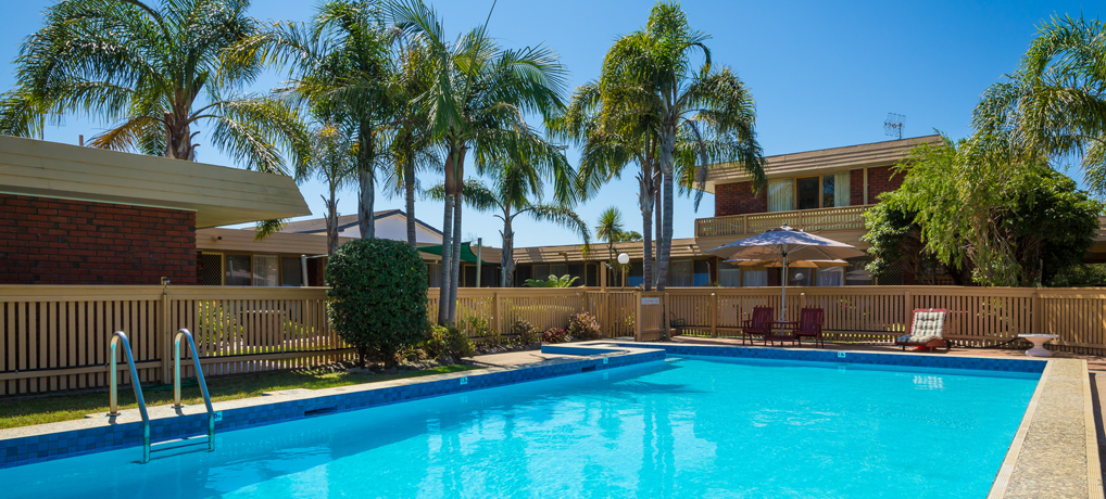 Kalindo Merimbula heated pool